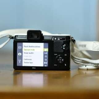 Nikon 1 V1 + 10-30mm 1Nikkor Lens