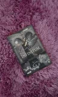 Infinitum Oleh Ahyar Anwar