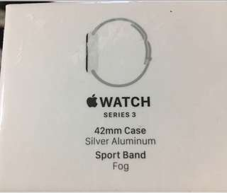 apple watch 3 (gps) 42mm ( 全新未開封保養日期由開封開始計算)
