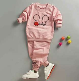 Long sleeved hip hop baby suit