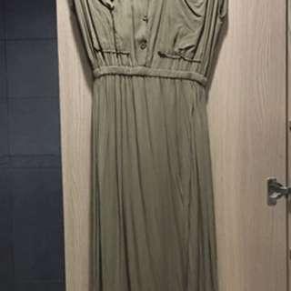 🚚 軍綠色連身裙長洋裝
