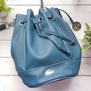 LACOSTE DAILY CLASSIC BUCKET BAG (Preloved)