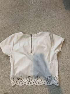 White glassons top