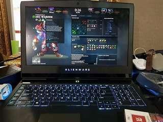 Alienware 17 R4 Spec Laptop Intel i7-7820HK CPU RAM -  32GB - GTX 1080