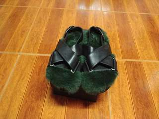 Genuine leather and fur slip on sandals
