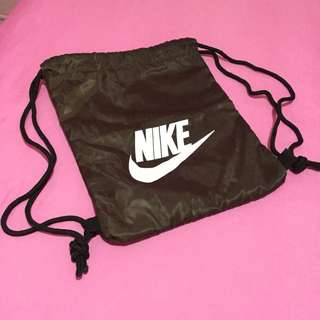 Nike stringbag