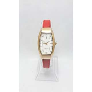簡約時尚Trussardi 獵兔犬石英女錶