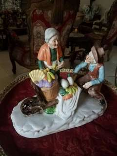 patung keramik klasik