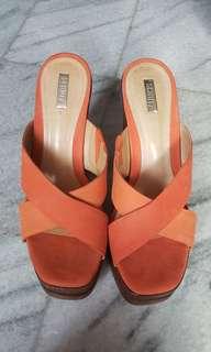 Schutz shoess 38