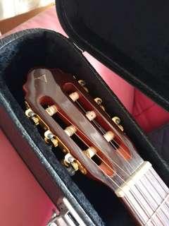 Classical guitar Valencia TC65