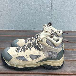 Columbia Hiking Boots / Hiking Shoes
