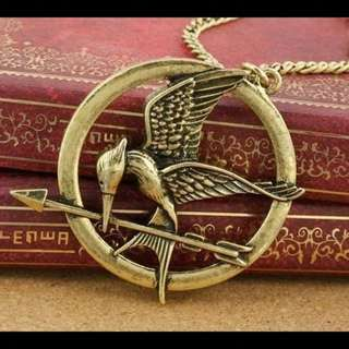 Kalung hunger game
