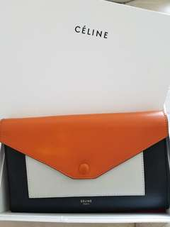 CELINE POCKET LARGE FLAP ON CHAIN BAG