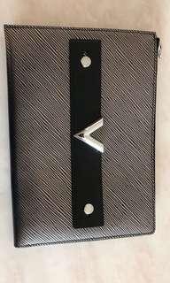 LV clutch silver