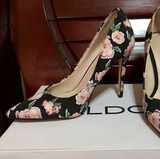 Authentic ALDO floral pointed heels