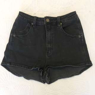 Rollas High Waisted Black Shorts 7