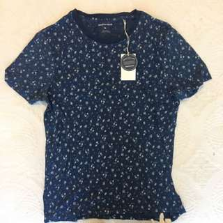 Country Road Tshirt Size M