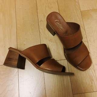 L'intervalle Caramel mid-heel Sandal 37