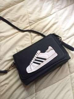 Tas Slempang / Slingbag Adidas Superstar Wannabe