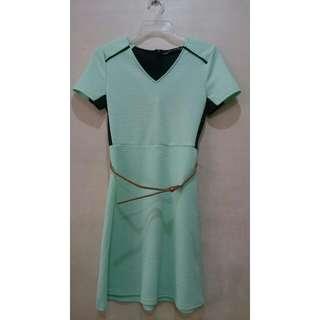 Petit Monde Mint dress
