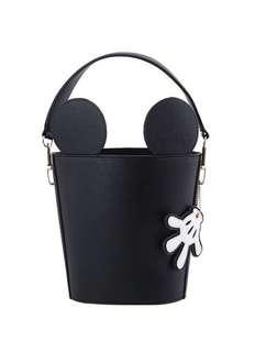 🚚 米奇吊飾立體束口水桶包