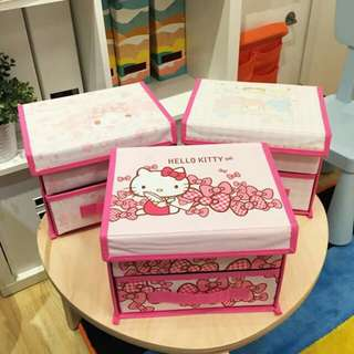 Hello Kitty Organizer