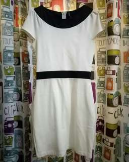 Minidress black and white / dress selutut