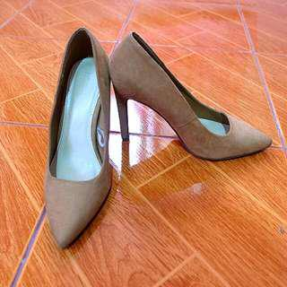 Forever21 Brown Shoes Size7