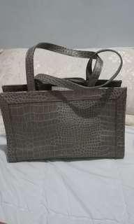 Liz Claiborne hand bag