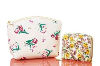 Jill by Jill Stuart (wallet and makeup bag) set