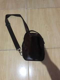 TAS SLEMPANG KULIT / SLING BAG LEATHER
