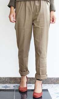 Kaia pants by yuwacco