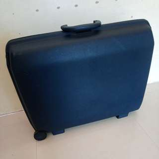 Samsonite Oyster Horizontal Hardside Luggage
