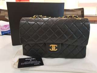Chanel vintage classic medium double flap in pristine condition n full set!!