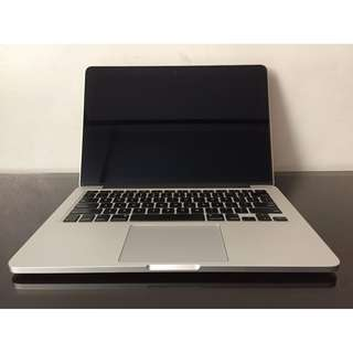 MacBook Pro with Retina dispIay i5 8GB 128GB aII originaI