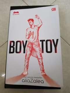 Boy Toy by aliaZalea