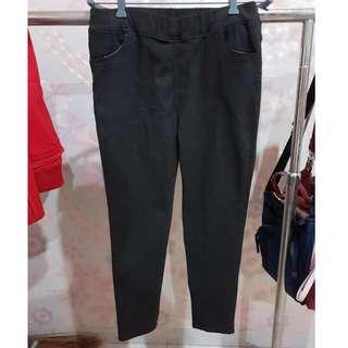 Celana karet look like jeans