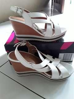 Sepatu cantik 36/37