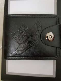 Dompet Hitam Kecil