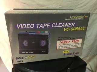 Video tape cleaner