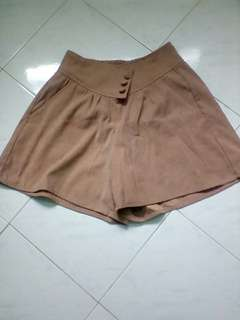 Vintage short pants