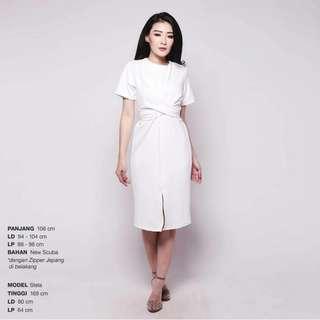 Satoo white dress
