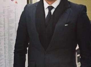 Jas atasan ( suit / blazer) hitam slim fit