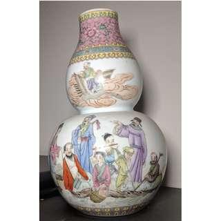 Vas Antique Bentuk Buah Shanto (#113)
