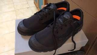 Palladium防水鞋 黑色 23.5碼 正版 有鞋盒(UK5, US7, EU38)