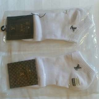 🚚 [BN] Two Pairs of Louis Vuitton Unisex Ankle Socks #Caroupay
