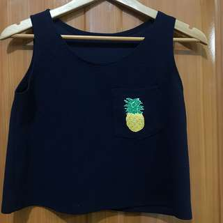 PINEAPPLE SLEEVELESS CROP TOP