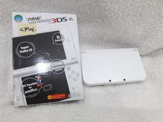 Pre Loved New 3ds XL
