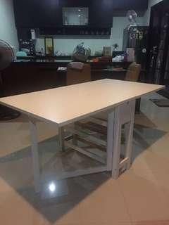 Meja multifungsi rangka kayu kuat