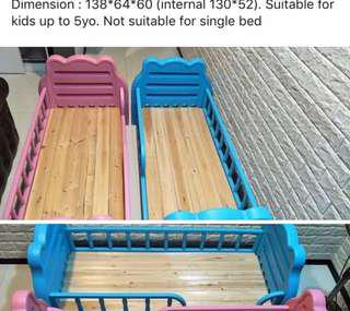 Kid's Single bed with mattress